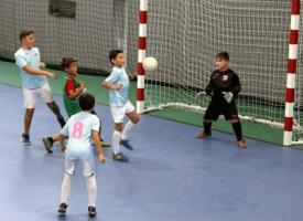 imagen de un partido de escuela de futbol sala de Horcajo de Santiago